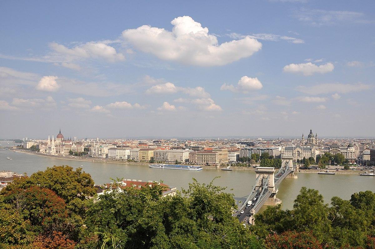 Budapest Panorama R01.jpg