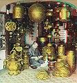 Buddhist-ornament-dealer-anaglyph3d.jpg