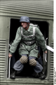 Bundesarchiv Bild 101I-584-2154-06A, Frankreich, Fallschirmjäger vor Absprung (Übung-) Recolored.png