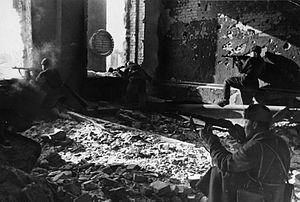 39th Guards Motor Rifle Division - Soviet troops in the ruins of the Red October Steel Factory, October 1942
