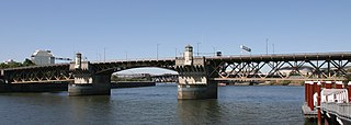 Burnside Bridge bridge in Portland, Oregon, USA