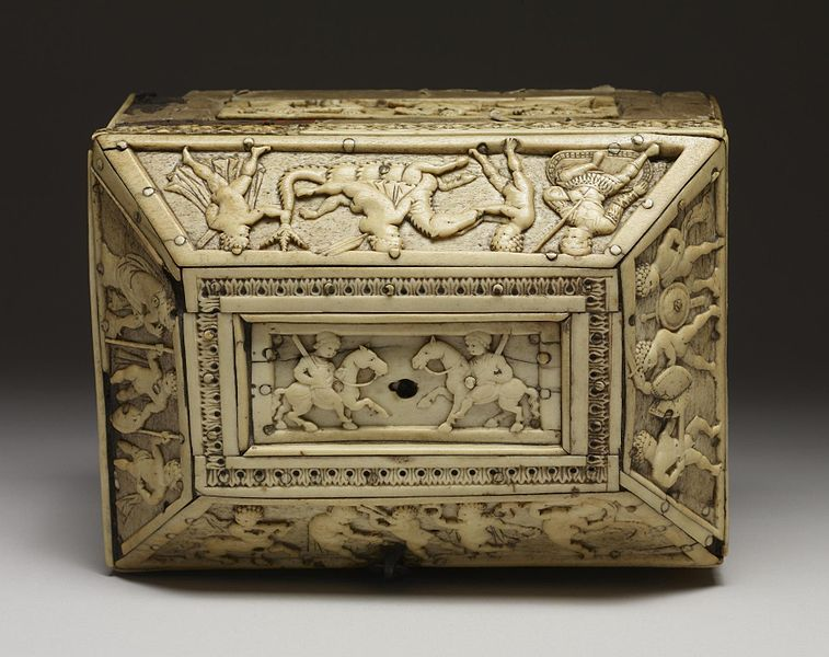 File:Byzantine - Casket with Images of Cupids - Walters 71298 - Top.jpg