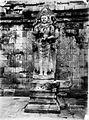 COLLECTIE TROPENMUSEUM Hindoeïstisch godenbeeld in tempelcomplex Prambanan op Java TMnr 60050692.jpg