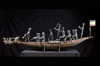 Duala people - Model of a canoe with rowers, colonial era between 1884 and 1914