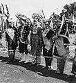 COLLECTIE TROPENMUSEUM Studenten van de Akademi Seni Karawitan Indonesia in traditionele kledij TMnr 20000183.jpg