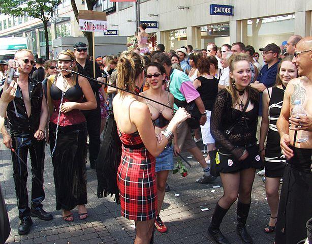 club oase sex doggy fashion