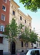 Calle de Padilla 38 (Madrid) 01.jpg