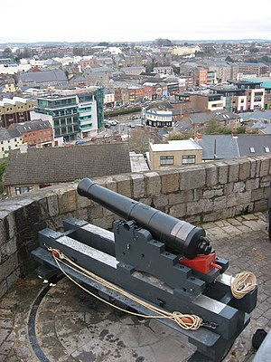 Millmount Fort - Image: Cannon at Millmount, Drogheda geograph.org.uk 1079092