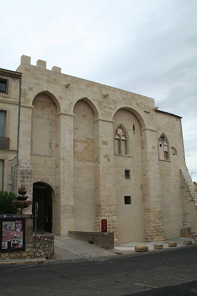 Capestang (Hérault) - Château des archevêques de Narbonne, façade extérieure