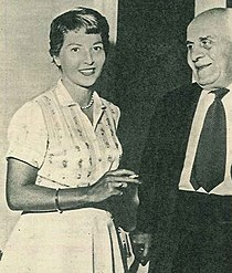 Carla Del Poggio con il padre Ugo Attanasio.jpg