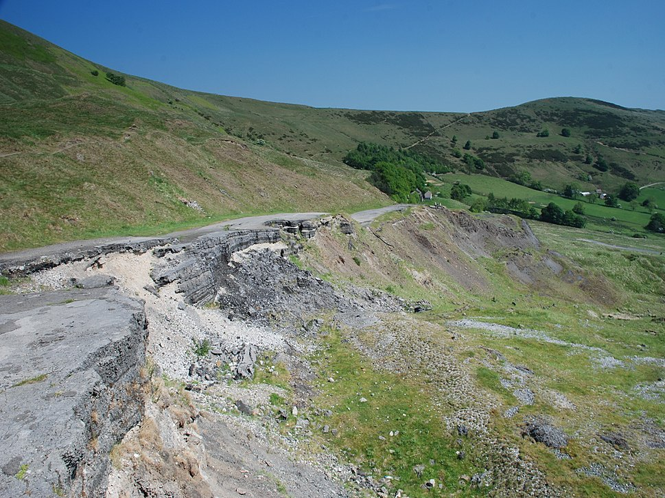 Castleton Broken Road