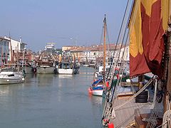 Cesenatico-port-canal.JPG