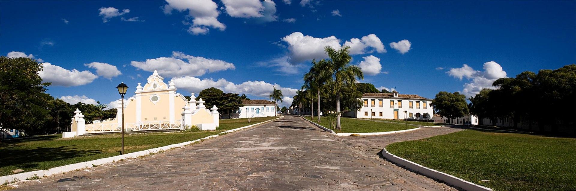 Chafariz e casa de câmara e cadeia de Goiás.jpg