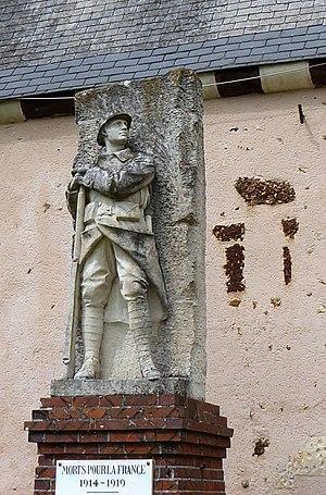 Félix Charpentier - Image: Chassant monument aux morts Charpentier Eure et Loir (France)
