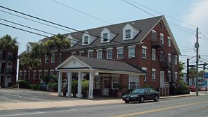 Chesterfield Inn - Streetside view
