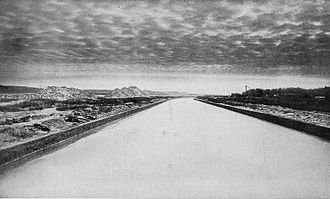 Chicago Sanitary and Ship Canal - The canal at Willow Springs, Illinois, 1904