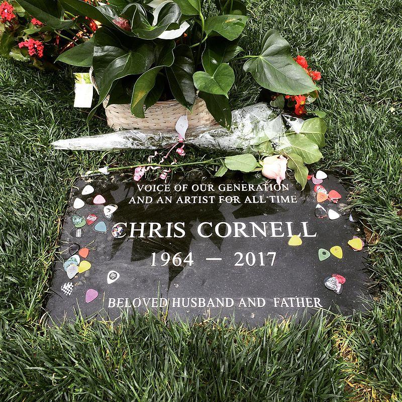 Chris Cornell Grave.jpg