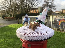 Christmas Crochet sleigh ride, Wemyss Bay pillarbox 6.jpg