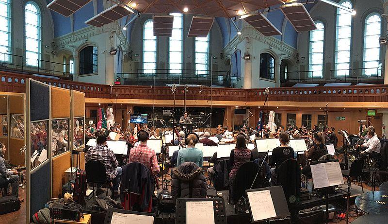 Принц Чарльз сменил принца Эндрю в качестве патрона Королевского филармонического оркестра
