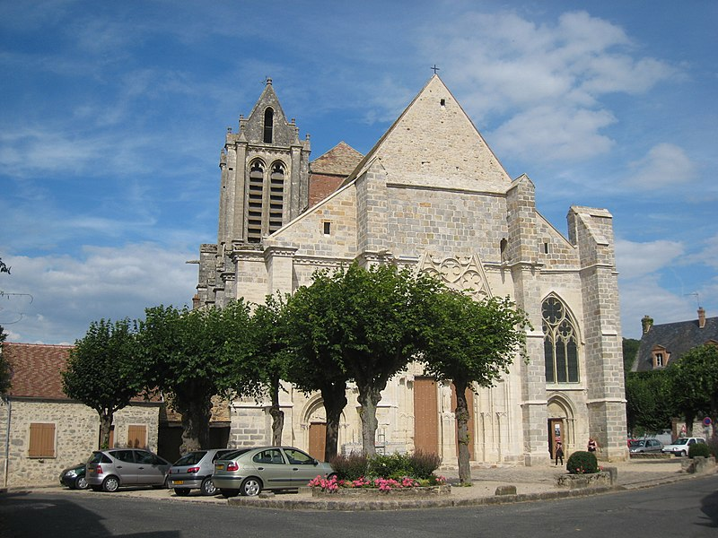 Файл:Church Saint-Sulpice-de-Favières.jpg