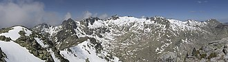 Sierra de Gredos - The North face of Circo de Gredos, seen from Morezon