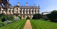 Clare College, Scholars' Garden.jpg