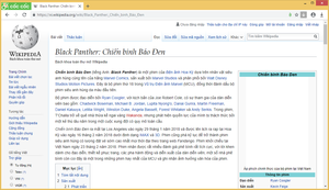 Cốc Cốc version 76.0.102 on Windows 8.1, is showing the Vietnamese Wikipedia page about Black Panther (film).