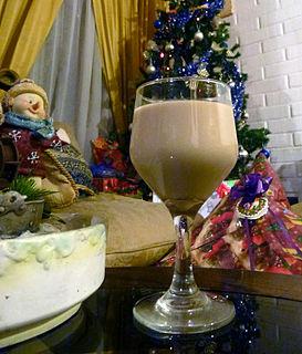Cola de mono Chilean drink containing aguardiente, milk, sugar, coffee, and cloves