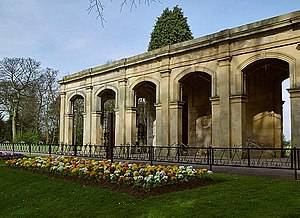 Stewart Park, Middlesbrough - Image: Colonnade, Stewart Park geograph.org.uk 392678