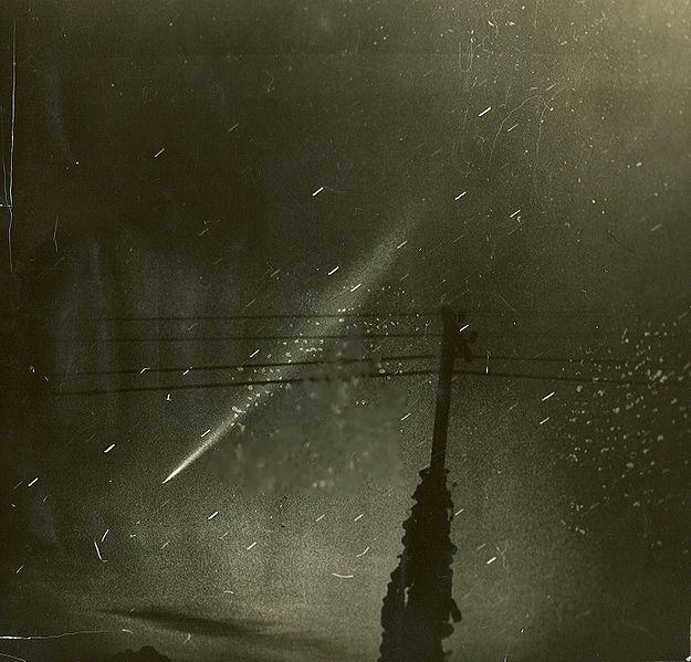 File:Comet C 1965 S1 Ikeya-Seki.jpg