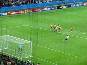 Penalti wikipedia la enciclopedia libre for Cuando es fuera de lugar en un partido de futbol