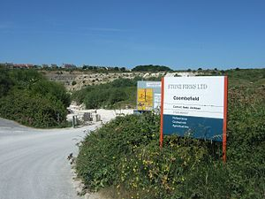 Coombefield Quarry - The entrance to Coombefield Quarry.