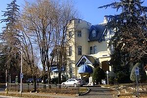 Le Cordon Bleu - Le Cordon Bleu school in Ottawa, Canada