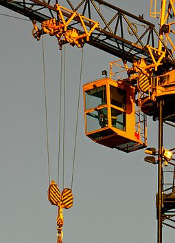 how many pulleys are in a crane