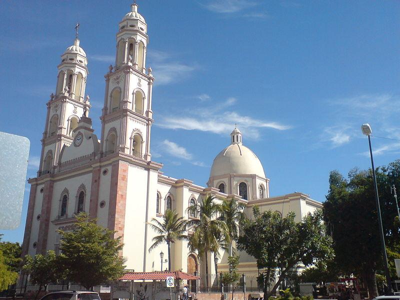 fachada de la Catedral de Nuestra Señora del Rosario de Culiacán