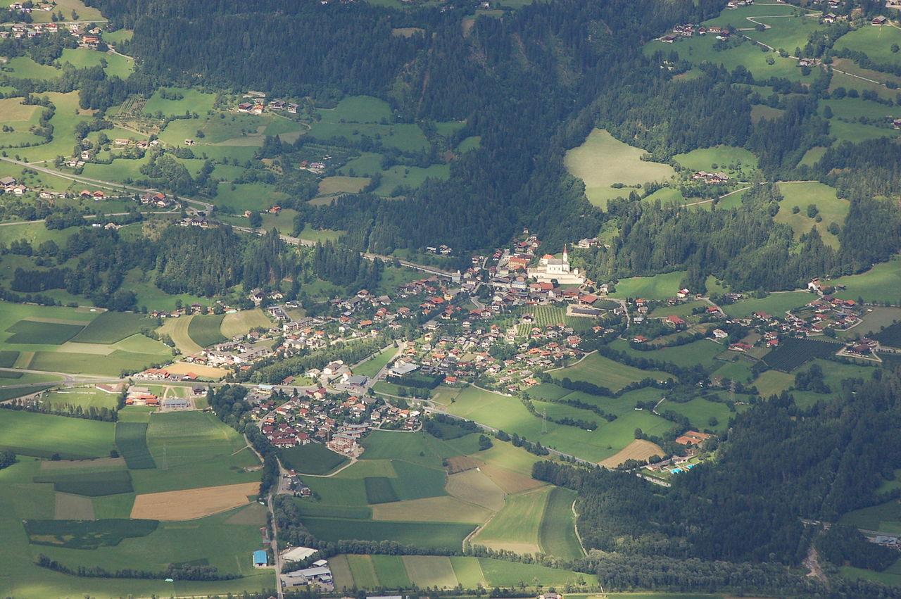 Verkehrsunfall B100 - Dlsach - Image: vu_doelsach_3