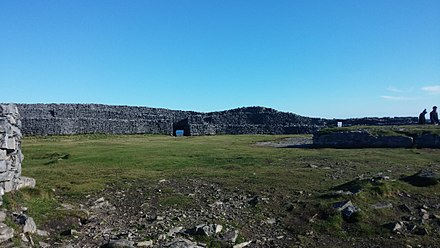 Photograph from within Dun Aonghusa on Inis Mor in Galway Bay, Ireland, a prehistoric coastal hill fort Dun Aonghusa internal.jpg