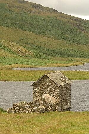 Devoke Water - Image: Dedvoke waters Eskdale Cumbria