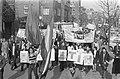 Demonstratie tegen Spaanse regiem in Amsterdam, Bestanddeelnr 925-4830.jpg