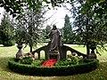 Denkmal auf dem Friedhof in Wennigsen.jpg