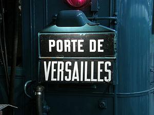 Paris Métro Line 12 - Indication of the terminus Porte de Versailles on a Nord-Sud Sprague-Thompson train