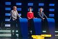 During the debate (47068685974).jpg