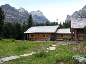 Elizabeth Parker hut - Elizabeth Parker Hut in Summer