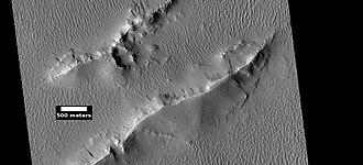 Lycus Sulci - Image: ESP 046002 2115layerstop