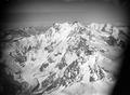 ETH-BIB-Monte Rosa, Ostwand, Belvederegletscher, Macugnagagletscher v. O.-Inlandflüge-LBS MH01-006468.tif