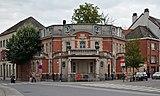 Eclectic corner house on Arbeidstraat 2 in Aalst, Belgium (DSCF0387).jpg