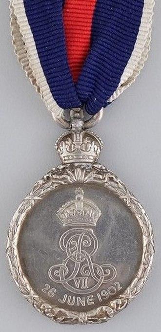 King Edward VII Coronation Medal - Image: Edward VII Coronation Medal reverse