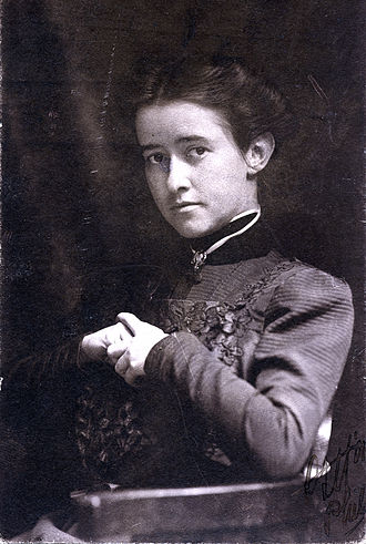 Elizabeth Shippen Green - Elizabeth Shippen Green in 1910