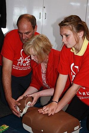British Heart Foundation - British Heart Foundation Cymru demonstrating CPR skills