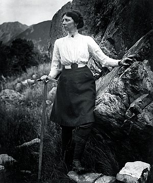 Freda Du Faur - Image: Emmeline Freda du Faur, by George Edward Mannering (1862 1947)